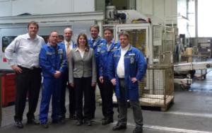 Bürgermeisterin Christa Schuppler besucht Werk Wilnsdorf